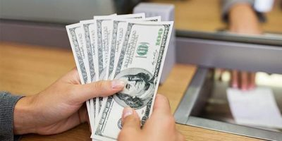 Tổng hợp 5 cách chuyển tiền cho người thân ở Mỹ an toàn